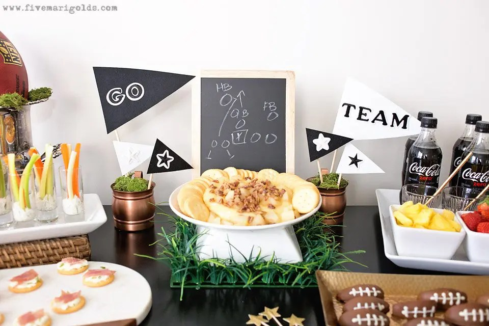 Score Points with the Ultimate Game Day Party #ReadyForKickoff #ad