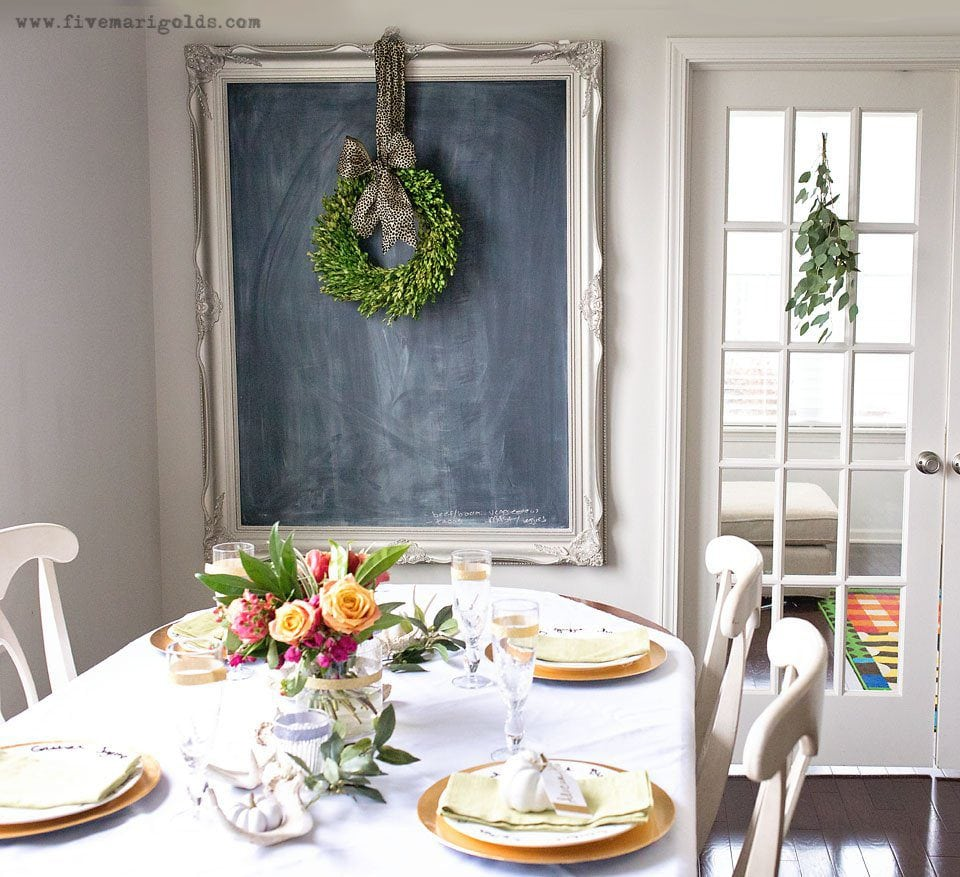 This Chic Thanksgiving Decor is perfect for the Thanksgiving hostess on a budget. Go glam this Friendsgiving with bold pops of color and sparkle.