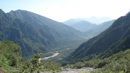 岳沢からの上高地