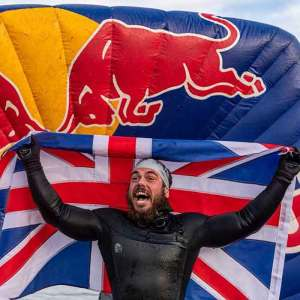 This Man Spent 5 Months Swimming Around Great Britain And What He Had To Endure Will Probably Make You Shiver