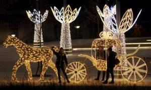 Row over Belgrade's Christmas decorations leaves city more furious than festive