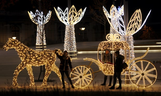 Row over Belgrade's Christmas decorations leaves city more furious than festive