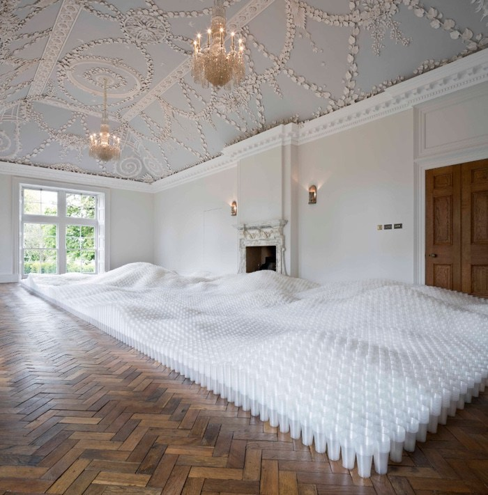 Plastic Capitalism. Contemporary Art and the Drive to Waste
