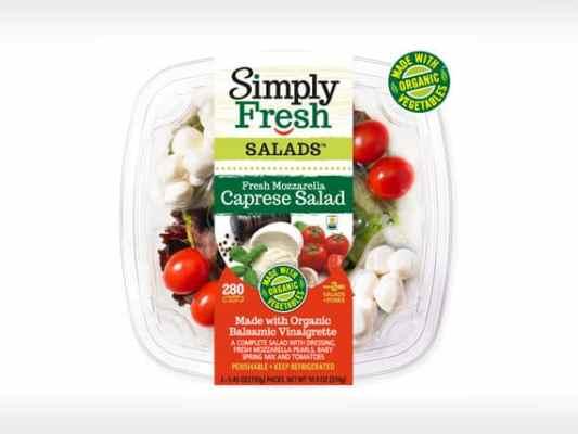 Caprese Salad<br>with Organic Veggies