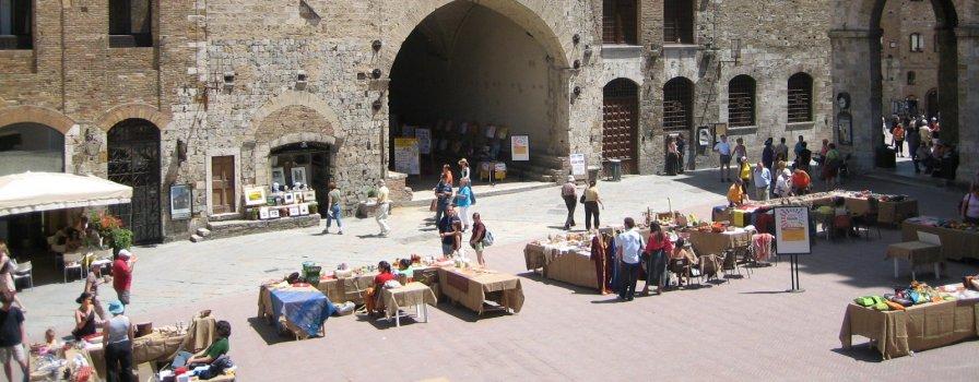 San-Gimignano-Tuscany-Siena-Italy
