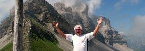 Dolomites-Peio-ski-Italy-mountains-snow