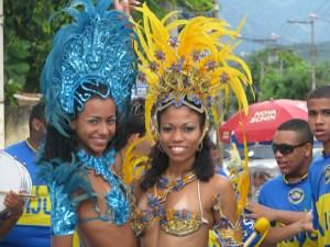Sexy-Brazilian-samba-babes