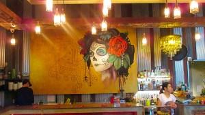 Bangkok's-Artisan-Cafe-Restaurant-precinct-Commons