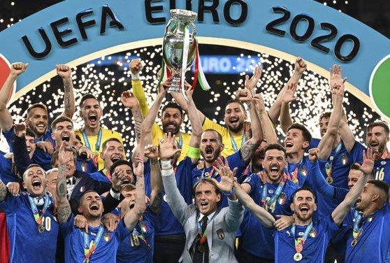 """Italia, noua campioană europeană la fotbal! Donnarumma, eroul """"Squadrei Azzurra"""" la penalty-uri"""