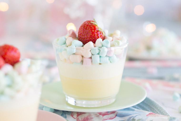 snabb-och-enkel-marshmallowspannacotta-pa-2-ingredienser-av-anna-winer-05-jpg.jpg