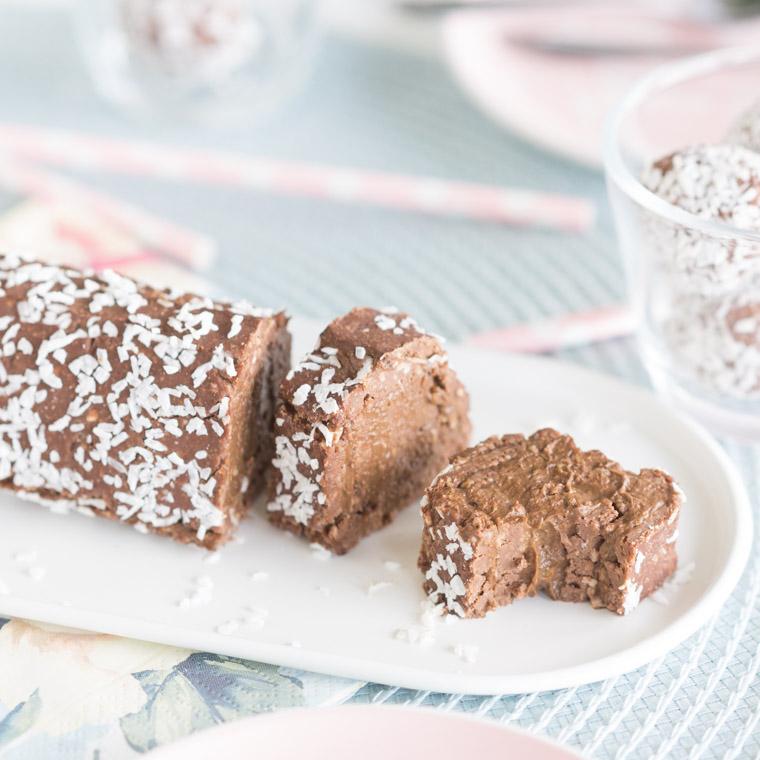 vegansk-and-glutenfri-chokladbollsrulltarta-utan-ugn-av-anna-winer-06-jpg.jpg