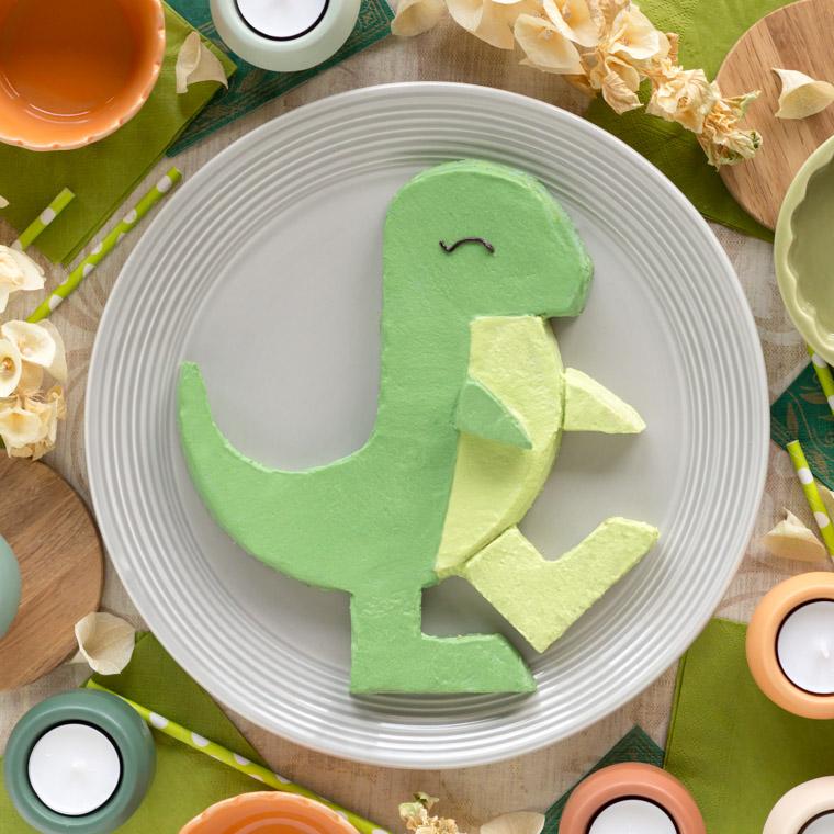 enkel-dinosaurietarta-av-en-rund-kaka-av-anna-winer-03-jpg.jpg