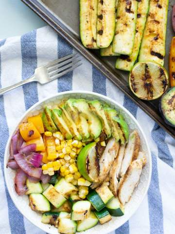 Fixed on Fresh - Grilled Chicken and Veggie Bowl