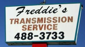 freddies-transmission-service-dallas-sign