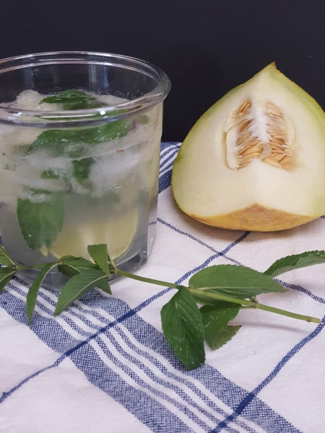 melon-mojito-with-galia-melon