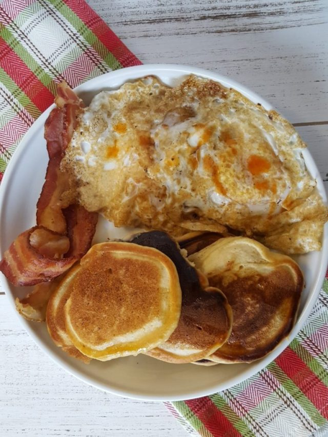 eggnog-pancakes-with-bacon-and-eggs