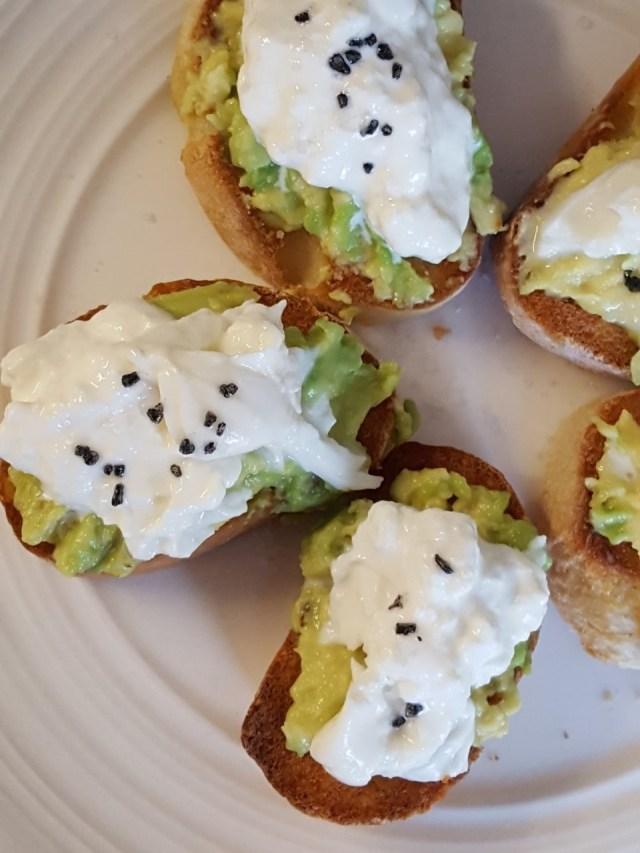 avocado burrata toasts