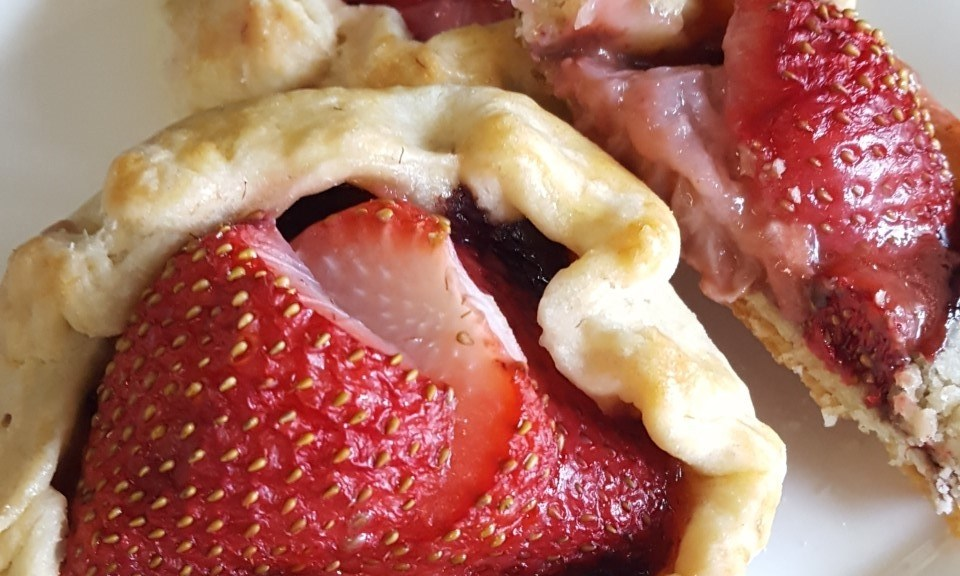 Mini Strawberry Chocolate Galettes