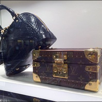 Louis Vuitton Valise in Miniature Aux