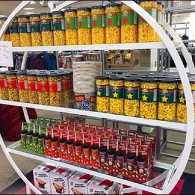 Hoop Shelf Poppcorn Merchandising Display 2