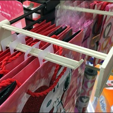 Hallmark Plastic Scan Hooks 2