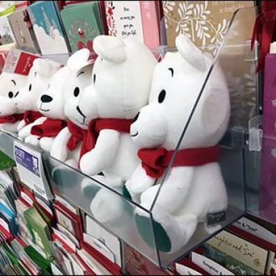 christmas-bear-plush-acrylic-sidecar-shelf-3