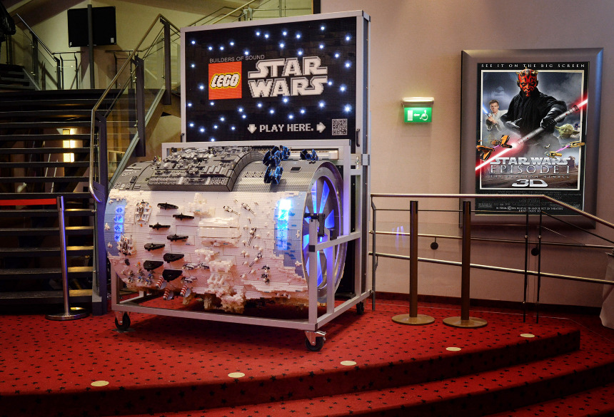 STAR WARS LEGO Circus Organ