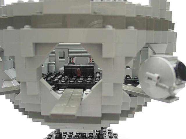 A SPACE ODYSSEY 2001 LEGO Set
