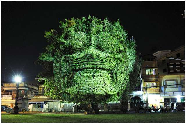 Haunting 3D Projections (2)