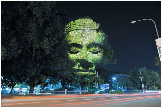 Haunting 3D Projections (8)