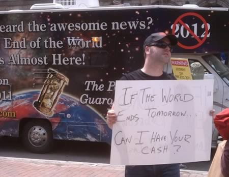 Hilarious End Of The World Signs (1)