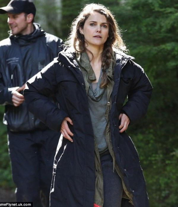 dawn-of-the-planet-of-the-apes-set-photo-keri-russell-567x600