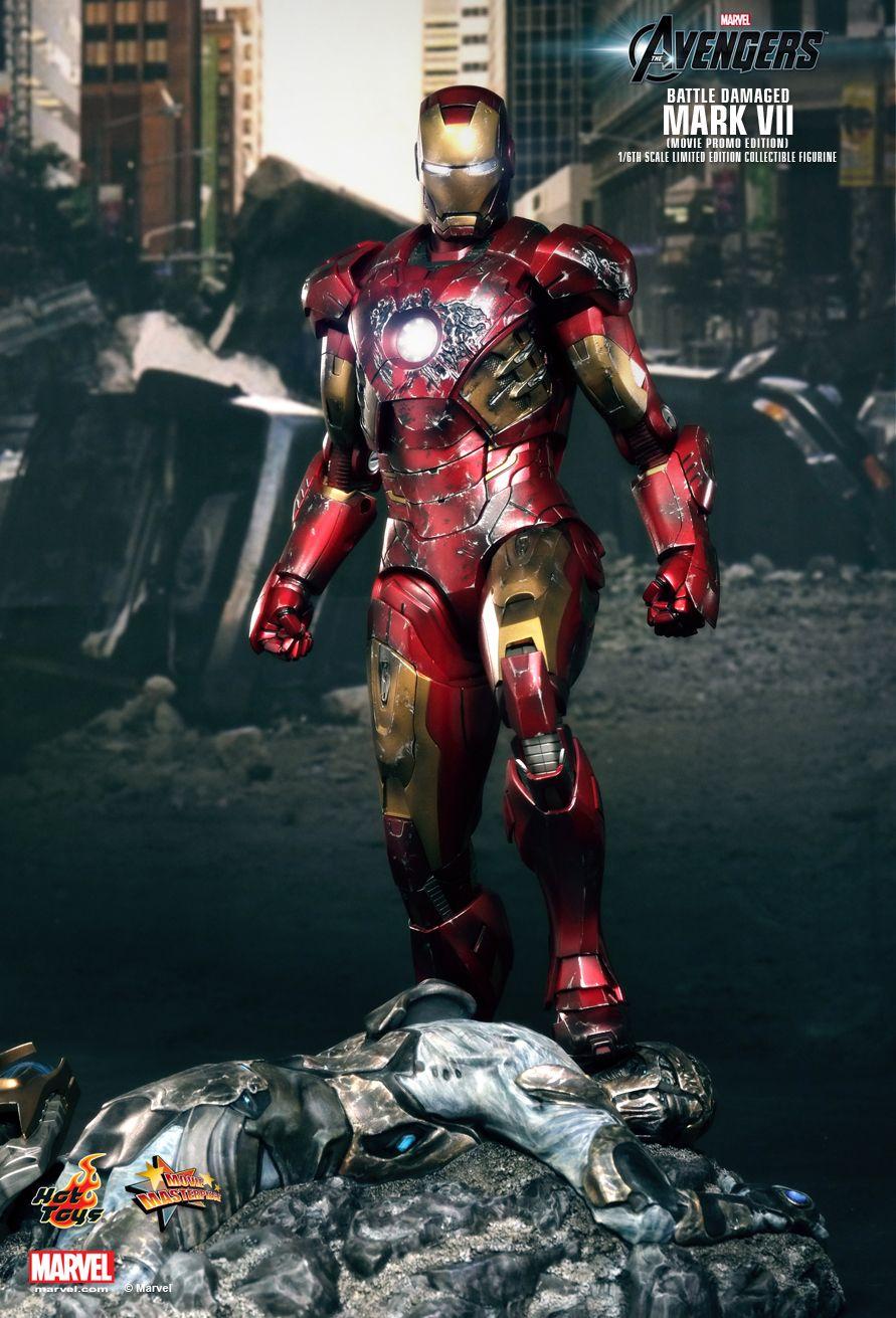 Hot Toys MARK VII Iron Man Figure