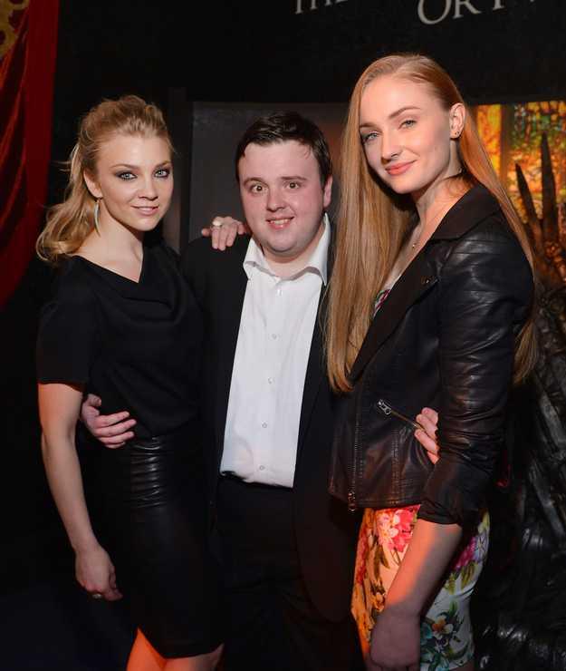 Sam touching Sansa and Margaery