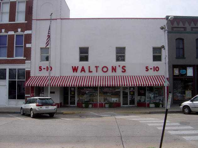 The first Wal-Mart