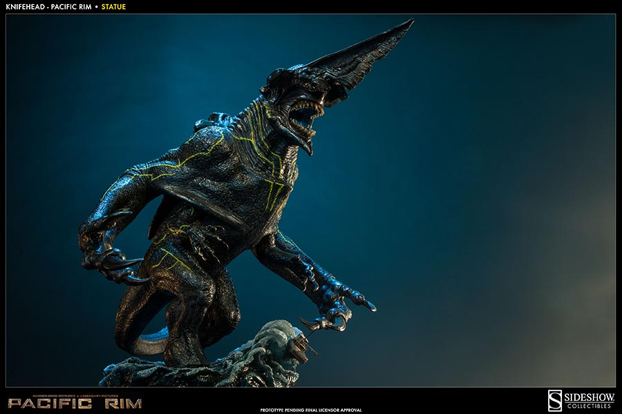 PACIFIC RIM Collectible Figures