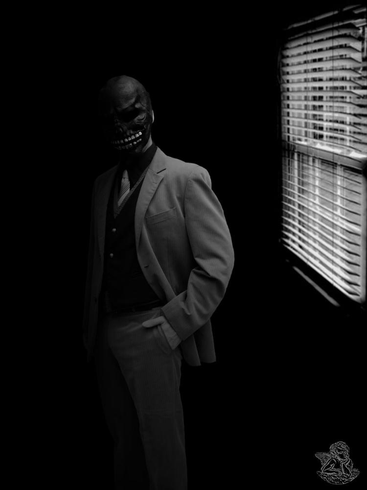 black_mask_by_captaincosplayyy-d4k45v2