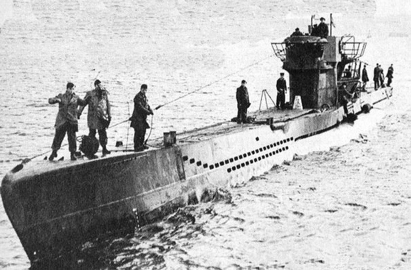 Toilet Sunk the U-1206 sub