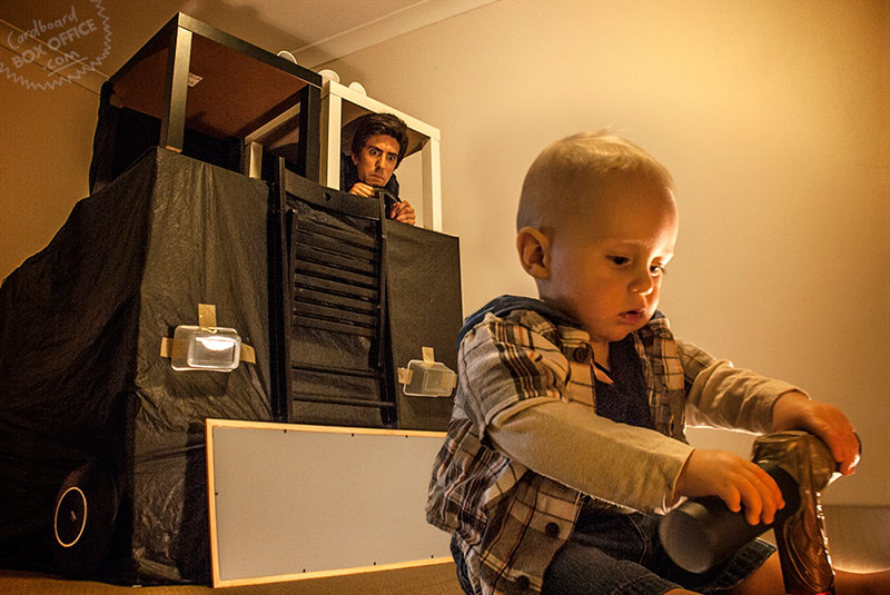 terminator-parents-recreate-movie-scenes-with-baby-son-and-cardboard