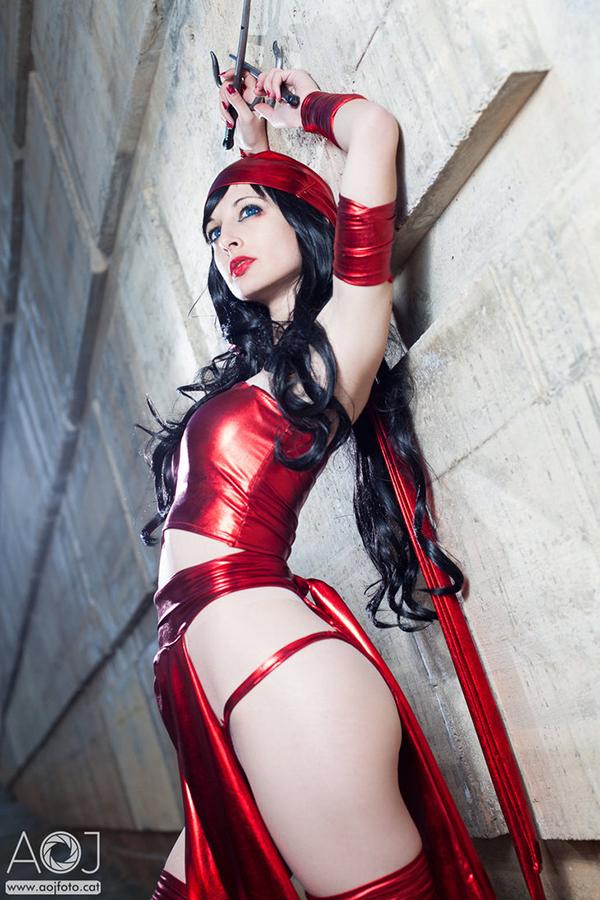 This Elektra Cosplay Is Beyond Sassy
