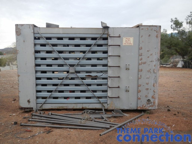 JURASSIC PARK Cage Prop