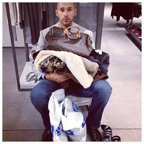 Shopping men