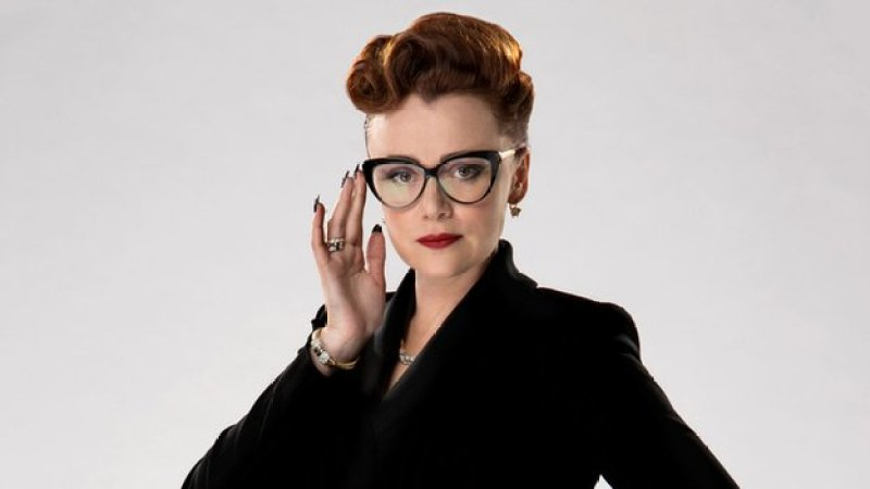Mrs Delphox – Keeley Hawes to Play New Doctor Who Villain