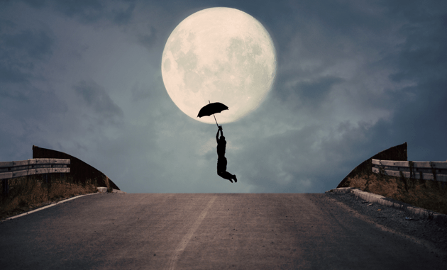 Photographer Makes the Most Out of a Full Moon