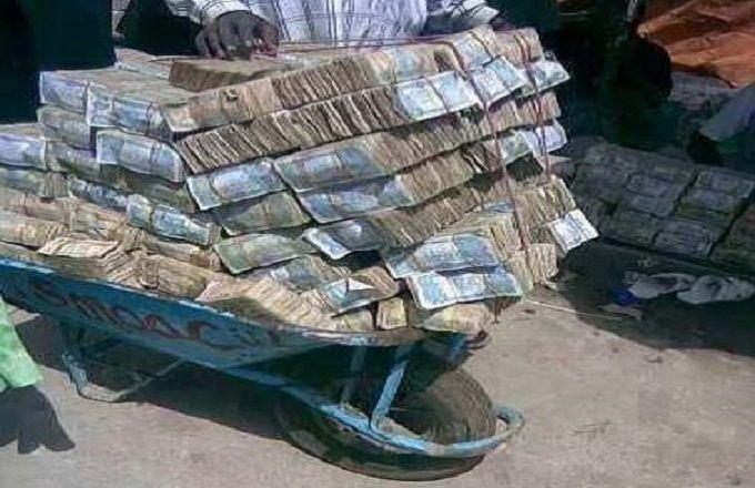 FIZI -NYANGÉ : plus de deux millions des francs congolais et une quantité d'or volés..