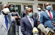 RDC: le gouverneur du Nord-Kivu, sollicite l'accompagnement des honorables députés provinciaux dans la lutte contre COVID-19 en dotant un gros bus à l'assemblée provinciale pour le transport protégée de Son personnel