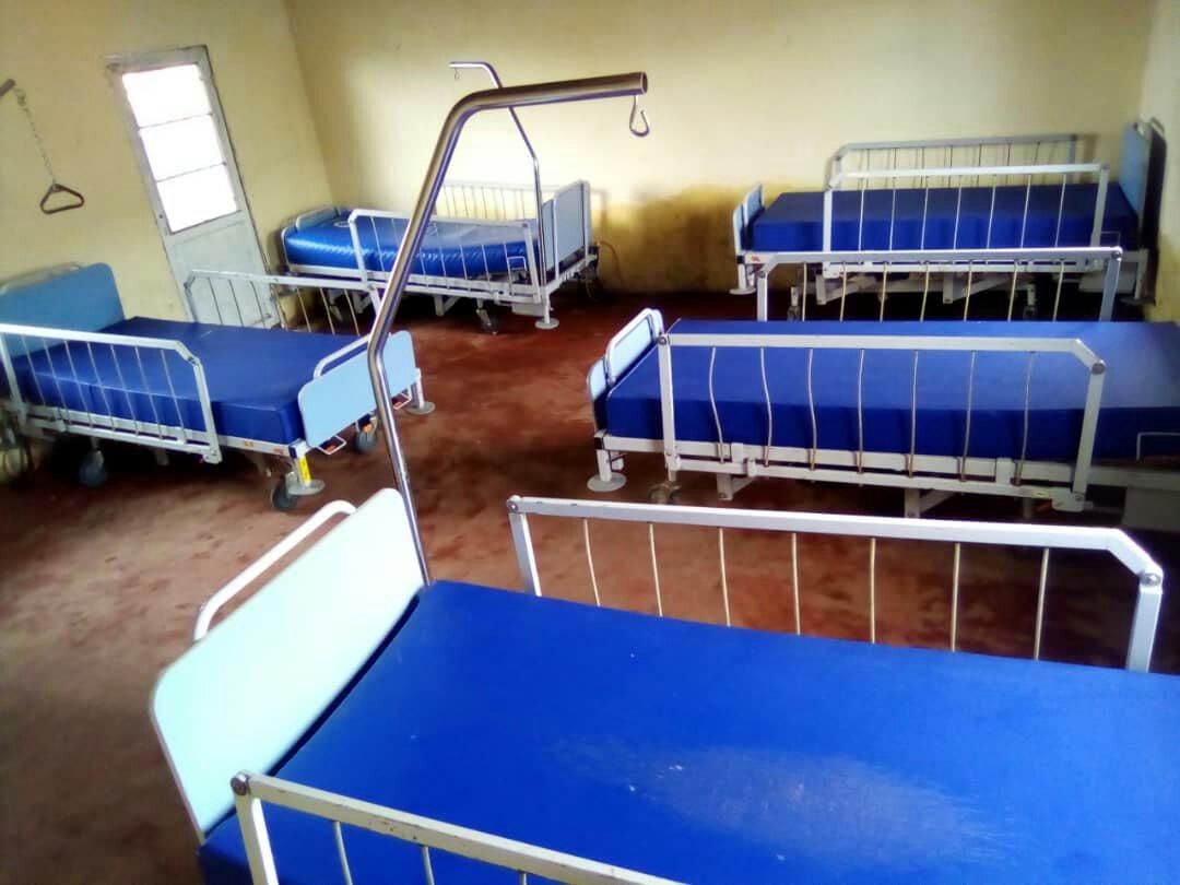 ©Ph Innocent, les lits moderne pour les Malades