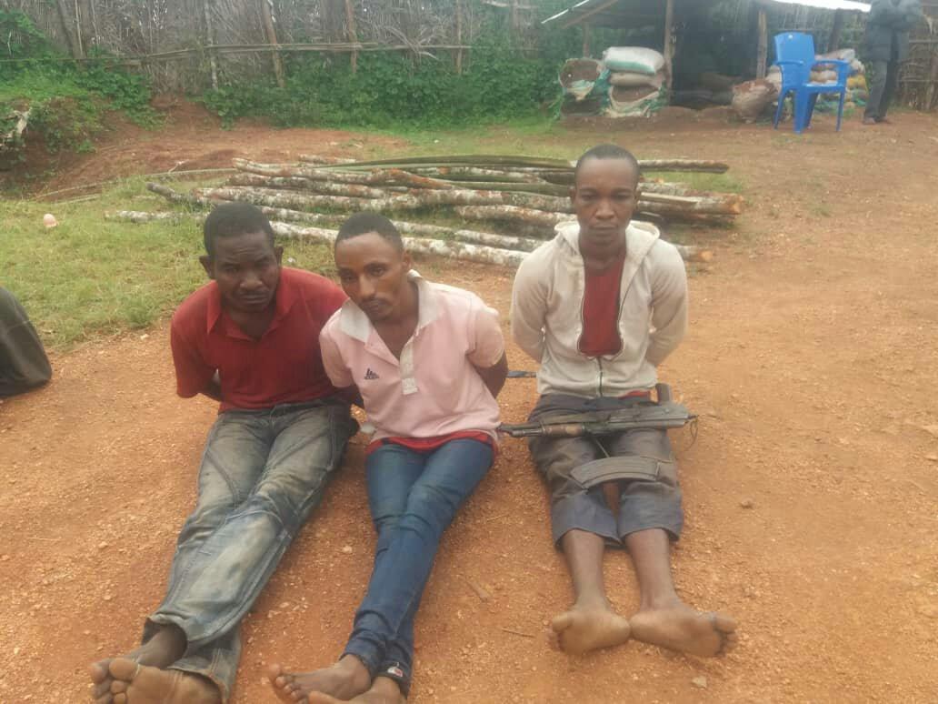 ©FiziMedia.com, Trois sujet Burundais arretés à Misisi.