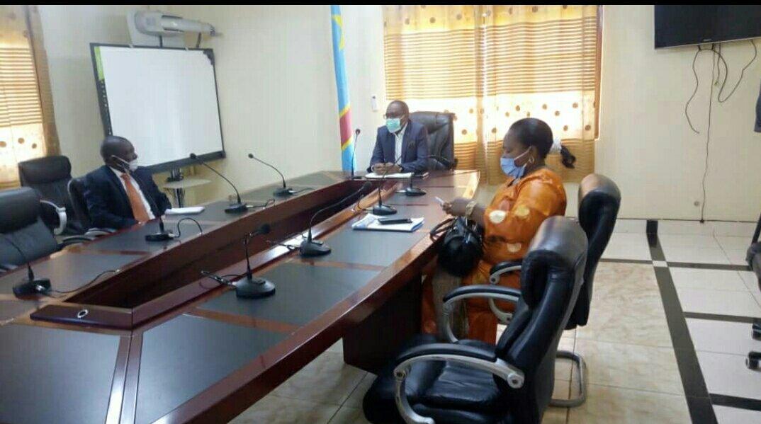 Sud-kivu : le Gouverneur Théo Kasi appelle ses administrés à privilégier les Francs congolais