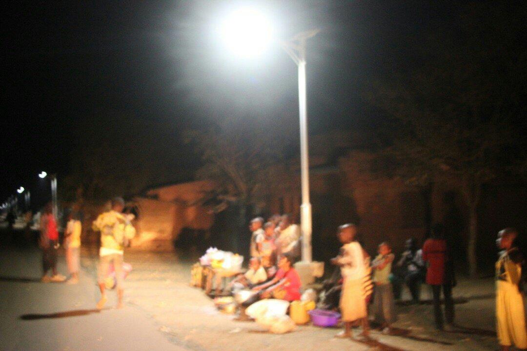 Sud-Kivu: la nouvelle société civile Congolaise section de luvungi plaide auprès de l'honorable Luc Mulimba Limba pour la réinstallation de l'éclairage Public à Luvungi